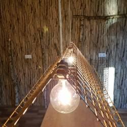 lamp roest draadwerk