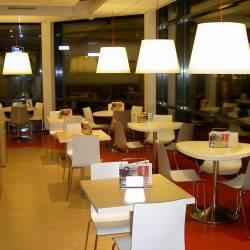 Lampenschirme Restaurant.JPG