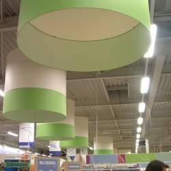 2 farbige Lampenschirme, An Formido geliefert